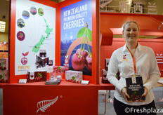 New Zealand Export company, Pure Pac Ltd with Nadine Black. They grow, pack and distribute New Zealand cherries to China, Europe and the US. //新西兰出口公司,Pure Pac Ltd的Nadine Black和。他们种植,加工和分校新西兰的樱桃到中国,欧洲和美国。
