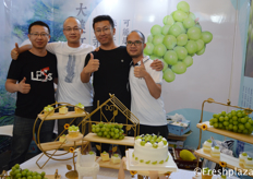 Hao Bo, Huang Daohong, Xuo Nuo and A Mu from Qinqin Jiangpin。 They produce and sell Shine-Muscat Grapes from Yunnan. // 来自亲亲匠品的郝波,黄道宏,徐诺和阿木,他们生产并销售产自云南的阳光玫瑰。