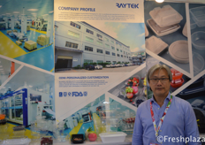 Victor from Dongguan Raytek Blister Packaging Co.,Ltd. Specialised in all kind of packaging.来自东莞瑞泰吸塑包装有限公司的维克托,该公司专业供应各类包装。