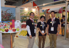 Mr Hideo Obori and his team from Aomori Trading Co., Ltd. The company supplies a wide variety of apples from Japan.
