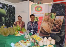 Mr Paibgon Wongehotsa Thij and Mrs Ubolwan Wongehotsathit were presenting OP FRUIT CO., LTD. The company supplies a variety of Thai fruits including durian, coconuts and mangoes.