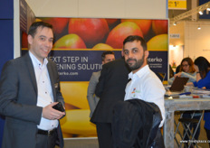 Chris Maat of Interko Ripening Solutions is engaging with a client. // Interko Ripening Solutions的Chris Maat正在和一位客户交流。