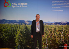 Alan Pollard of New Zealand Apple and Pears. // 新西兰的苹果和梨协会的Alan Pollard。