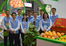 The Chinese team of Berda Fruit. Berda Fruit imports a number of South African and Chilean products into China, including citrus and grapes // 博达果业的中国团 队。博达果业进口一些南非和智利产品到中国,包括柑橘和葡萄