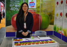 Becky Liang is the representative of the U.S. Apple Export Council // 梁碧淇是美国苹果出口协会的代表